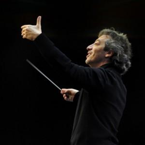 George Pehlivanian in concert vierkant